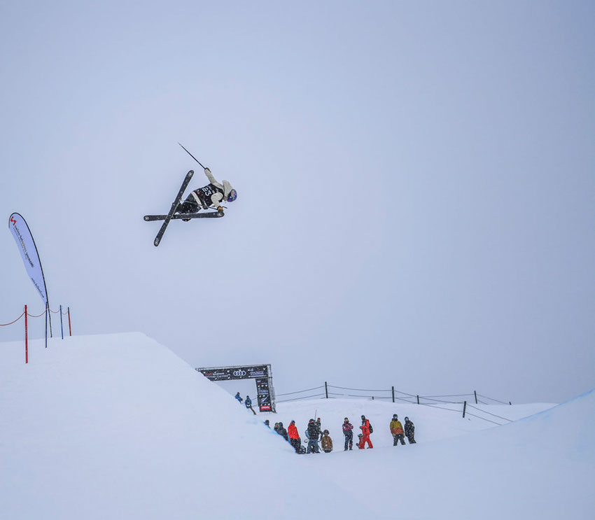 Sildaru rises to the top of the Halfpipe Qualifiers